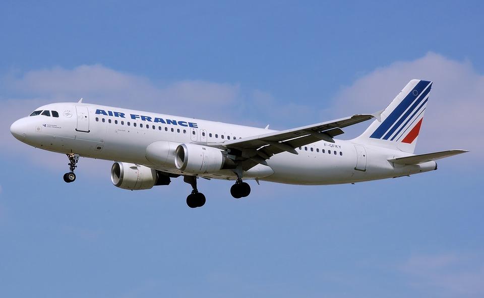 avion-airfrance-transport-batteries