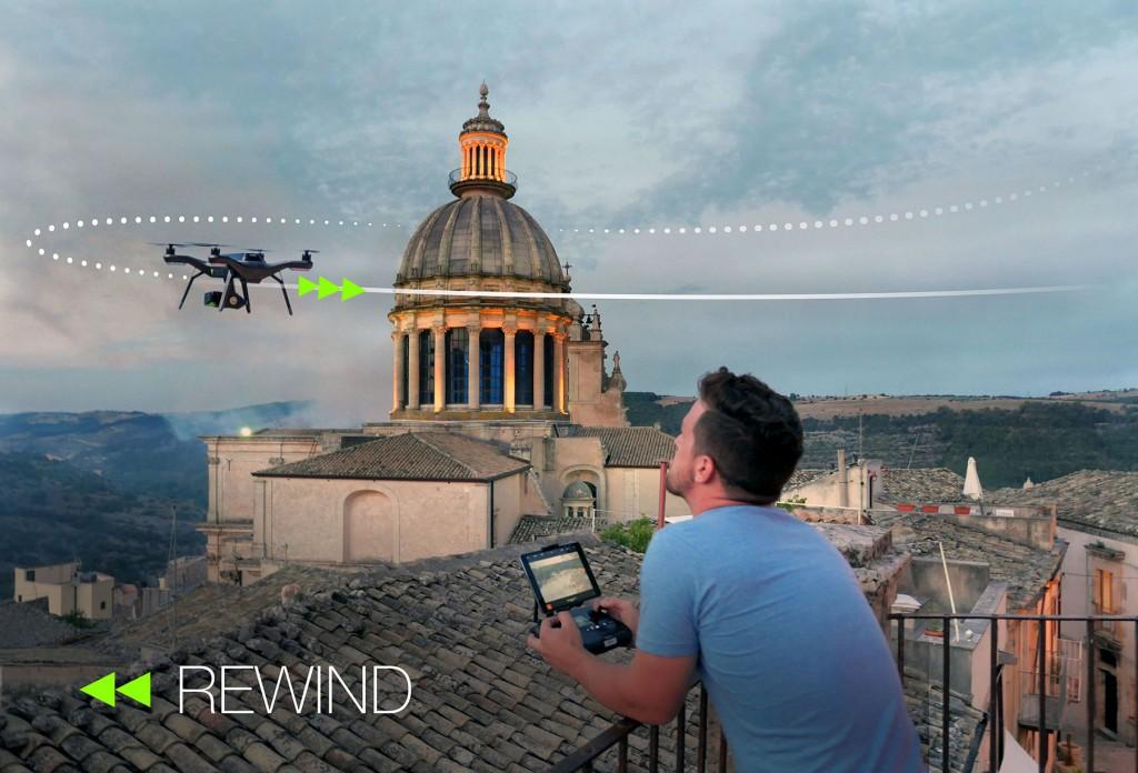 Revenez au point de départ de façon automatique et intelligente grâce au rewind de votre 3DR SOLO
