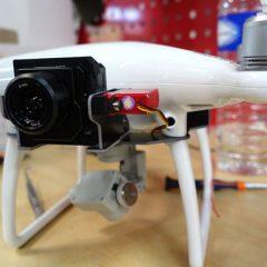 DJI Phantom 4 avec nacelle pour caméra thermique FLIR Vue Pro