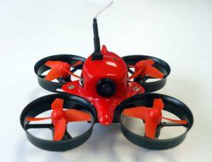 Drone Eachine E013 de face