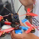 Courses de drones en France : le débarquement.