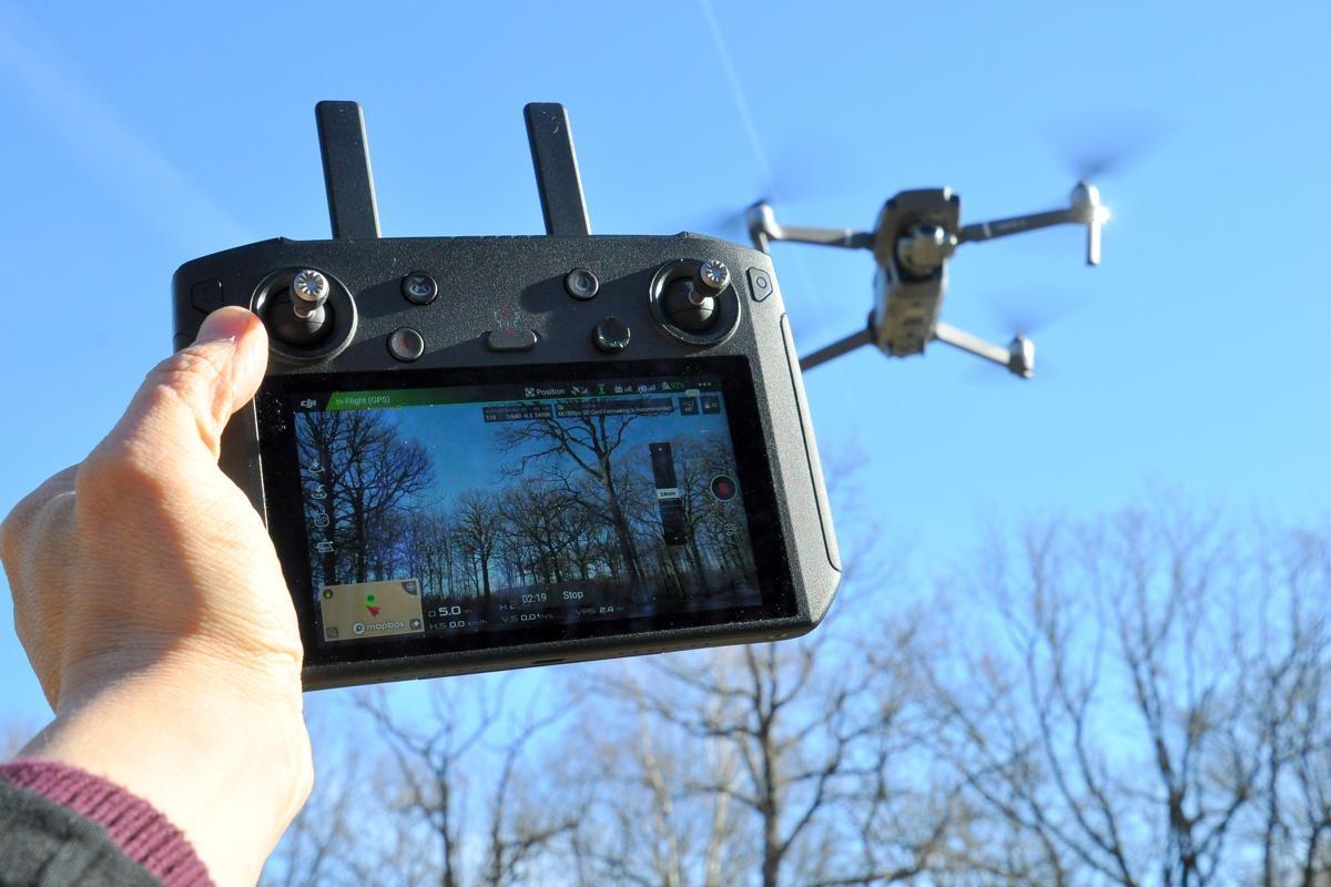 ZSmart Controller et un drone