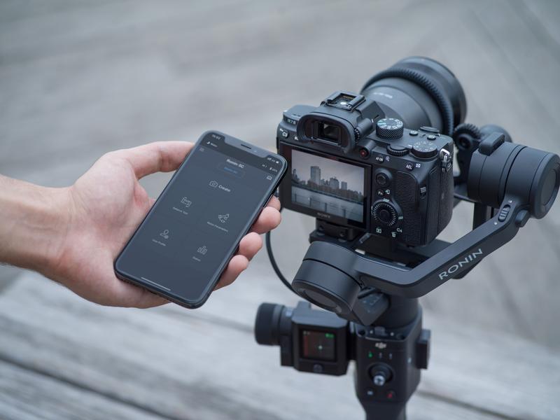 DJI Ronin-SC avec smartphone