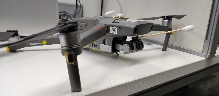 Coton-tige sur drone Mavic 2 Enterprise Dual