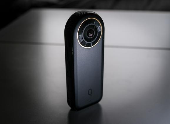 Test de la caméra Kandao QooCam 8K 360°