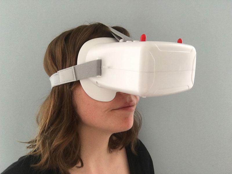 Casque VR01 porté