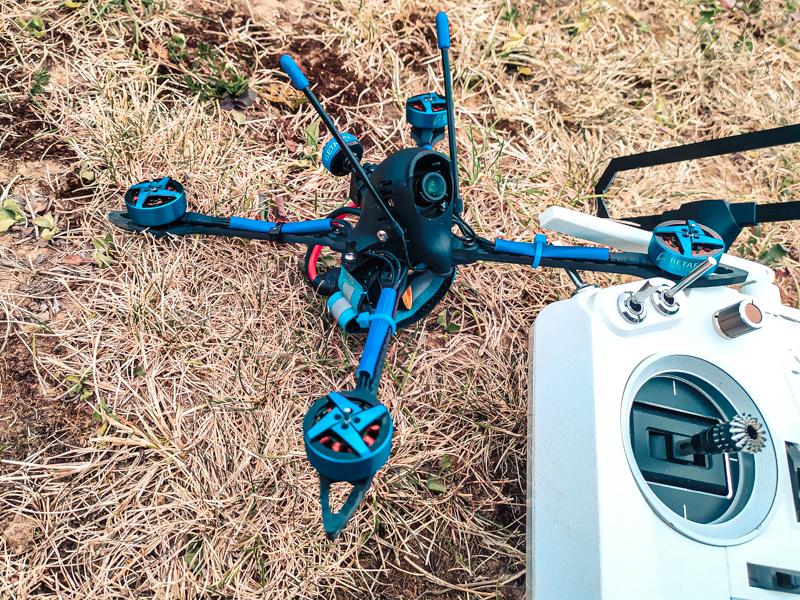 "Drone racer BetaFPV X-Knight 5"""