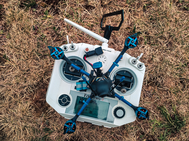 "Test drone racer BetaFPV X-Knight 5"""