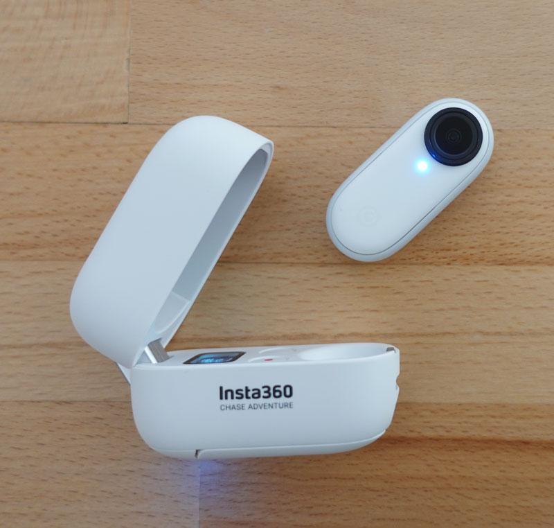 Insta360 GO 2 et son boîtier multifonctions